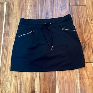 Athleta Metro Skort (Black), Small